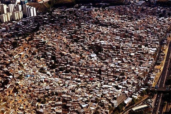 Caracas: The Informal City
